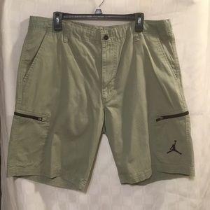 Jordan Cargo Style Olive Green Shorts Size 36